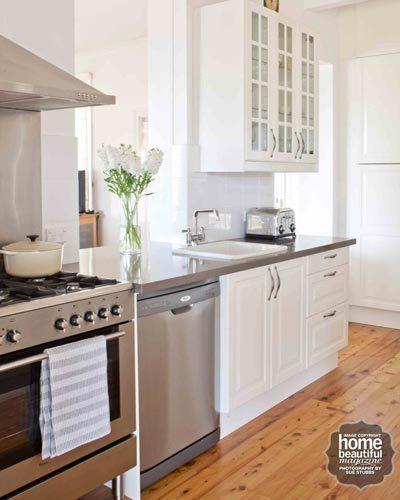 Ikea Kleiderschrank Türen Pax ~ This kitchen was the winner of HB's 'Desperate Kitchens