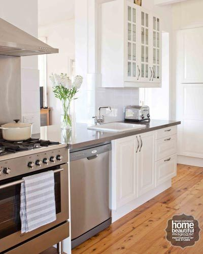 Ikea Varde Kitchen Island Bench ~ This kitchen was the winner of HB's 'Desperate Kitchens