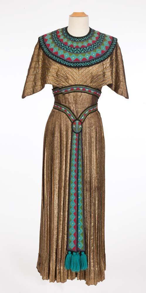 Simple  Clothing On Pinterest  Egyptian Women Traditional Dresses And