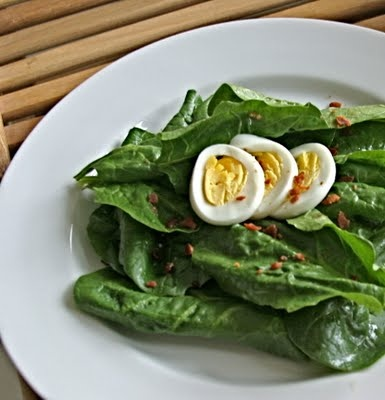 Spinach Salad with Warm Bacon Dressing | Fall Season | Pinterest