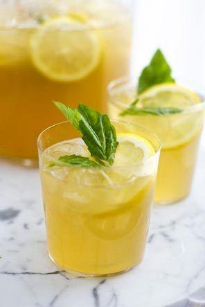 Summer peach bourbon lemonade