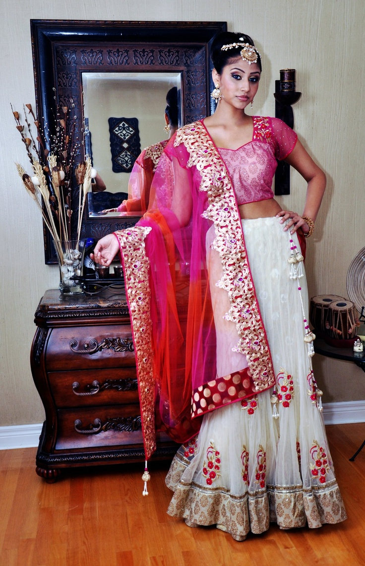 Online shopping for indian designer clothes sarees for Luxury fashion online