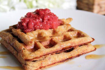 Strawberry Rhubarb Anniversary Waffles (V/GF) -sub out oat flour/bran?