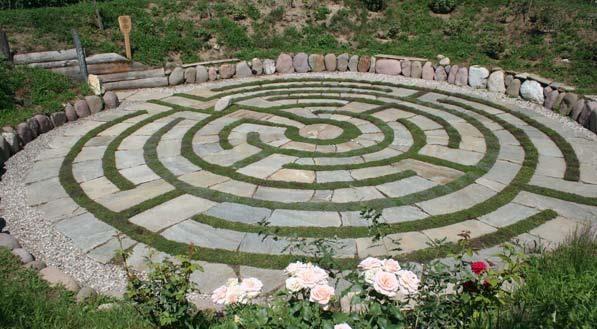 Photo Of Labyrinth Garden Kranzel Destination Italy