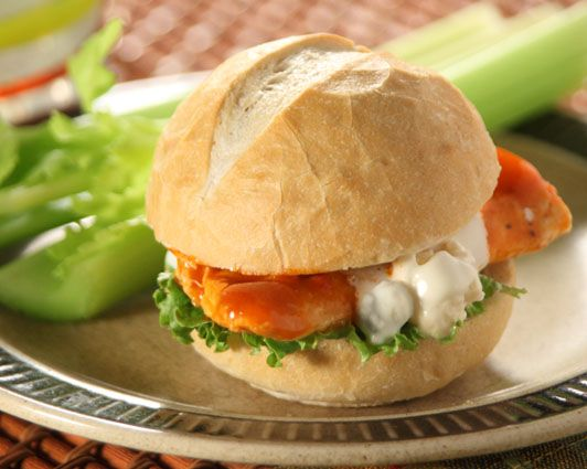 Buffalo Chicken Sliders with Baby Spinach, Slivered Red Onions and BW3 ...