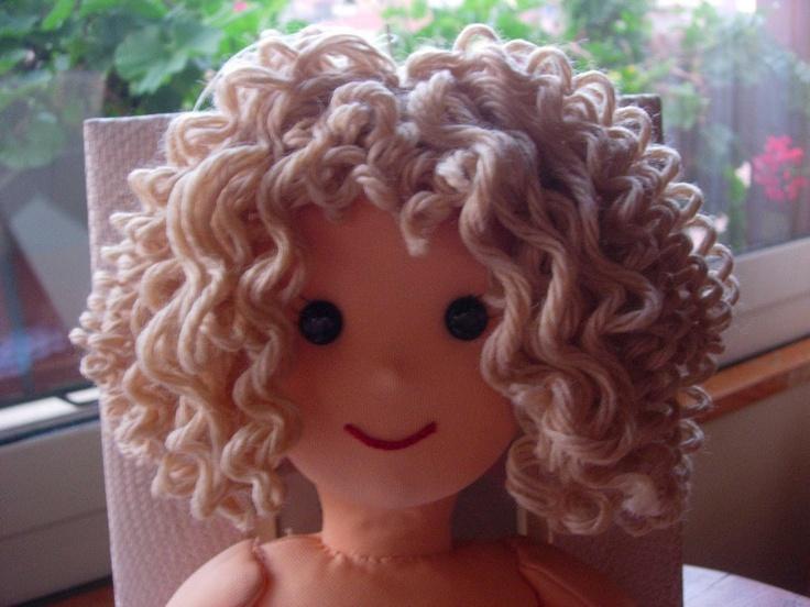 Amigurumi Short Hair Tutorial : Bambolando: DOLLS: CURLY HAIR tutorial rag dolls Pinterest