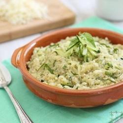 Cheesy Zucchini Quinoa. | Chia/Quinoa | Pinterest