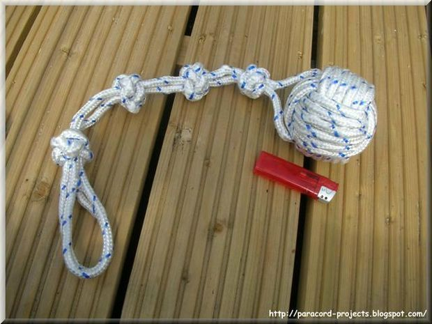 Instructables Paracord Dog Toy