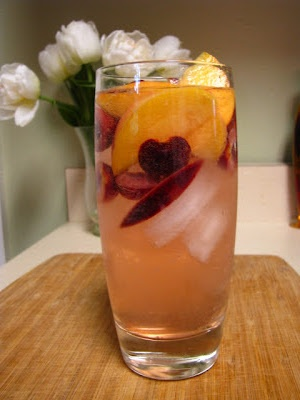 stone fruit sangria | two foodies & a pup