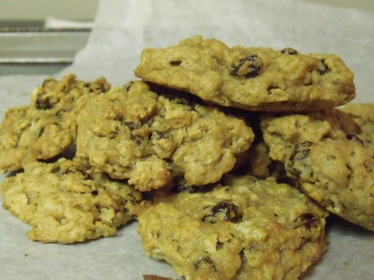 Gluten free, Vegan oatmeal raisin cookie recipe
