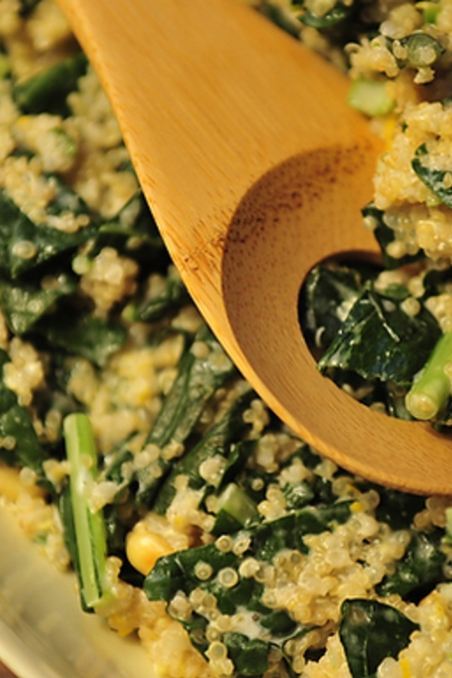 One Pot Kale and Quinoa Pilaf | Yummy Ideas | Pinterest