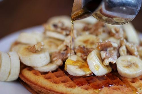 Banana waffles. | nom nom nom | Pinterest
