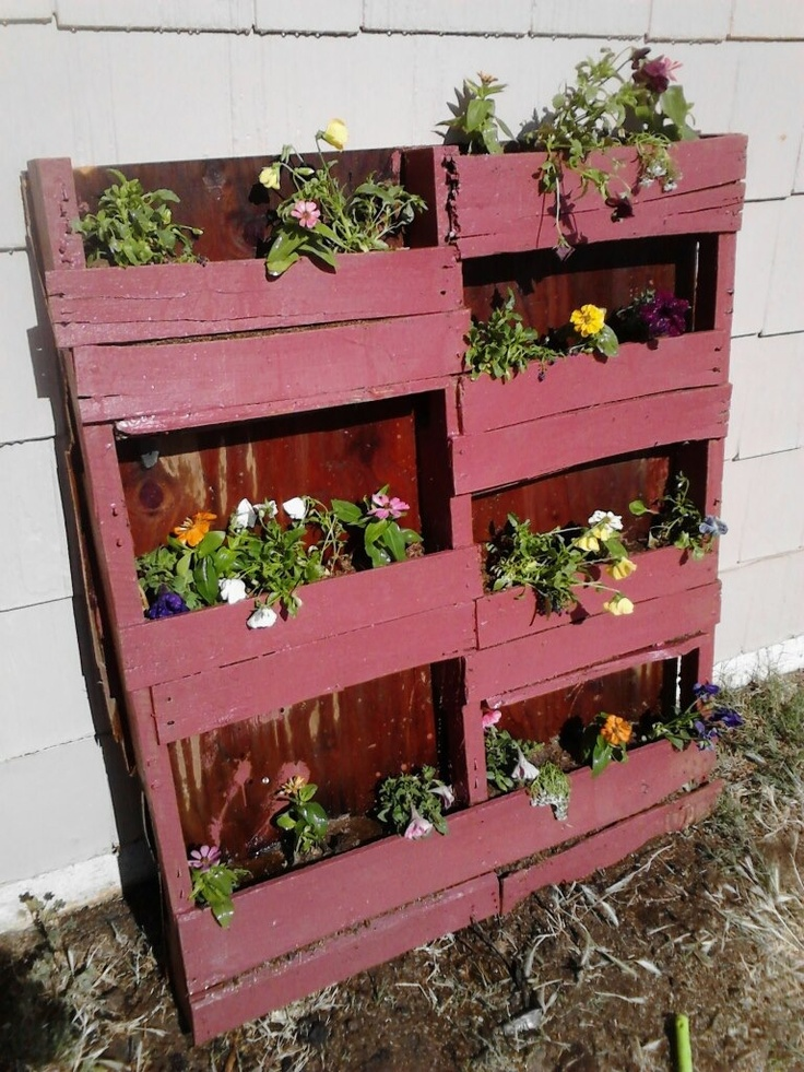 Pallet flower pots things i made pinterest for How to make plant pots from pallets