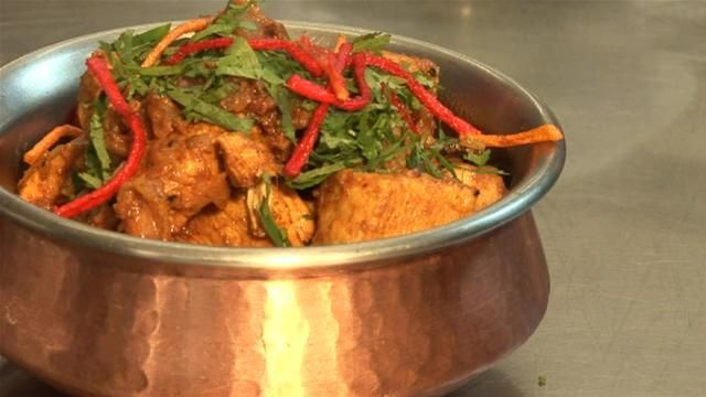 ... chicken with vindaloo spices recipes dishmaps chicken vindaloo chicken