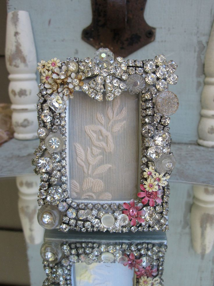 Vintage jewelry picture frame for Embellished mirror frame