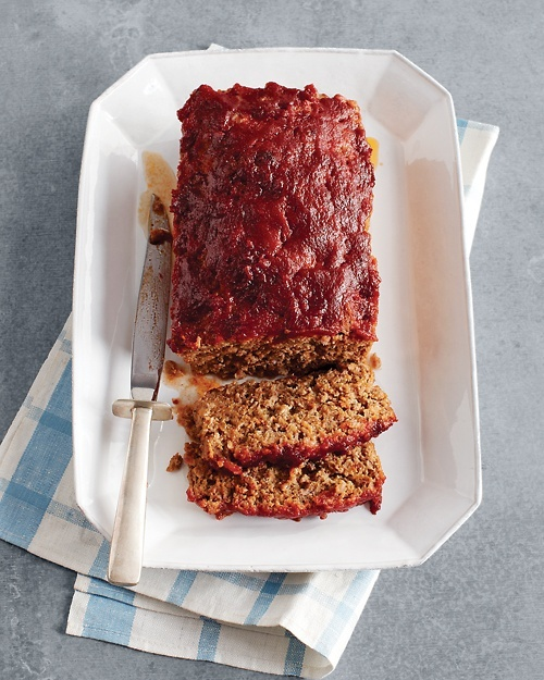 Classic Meat Loaf - Martha Stewart Recipes ( for dinner tonight)
