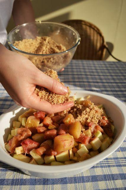 Homemade Apple & Rhubarb Crumble