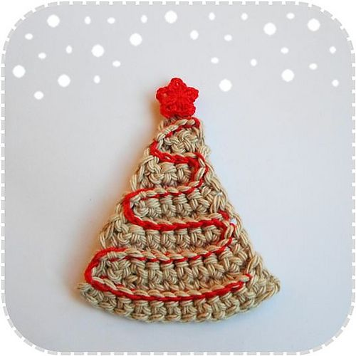 Ravelry: Christmas Tree Ornament / Applique or Decoration! (Chritmas CAL #3) FREE pattern by A la Sascha.