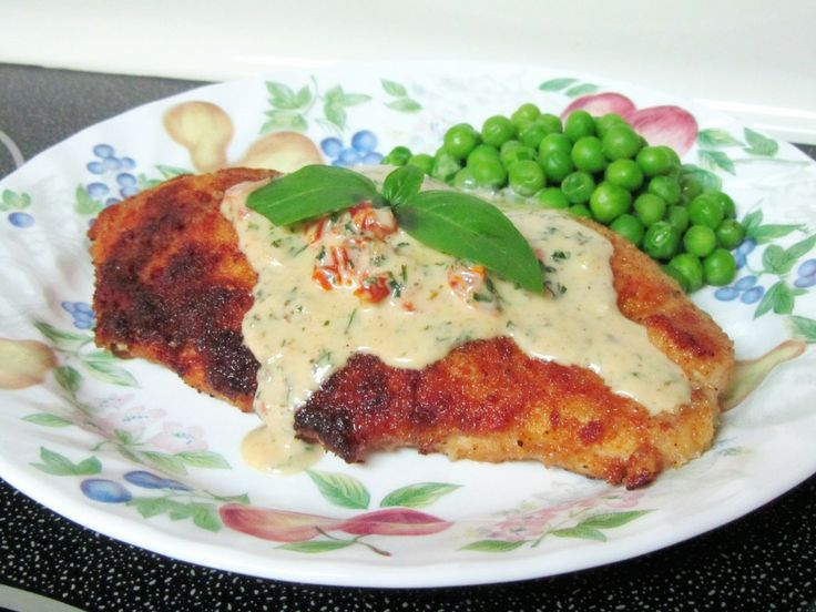Chicken in Basil Cream Sauce | Food, Drinks & Recipes | Pinterest