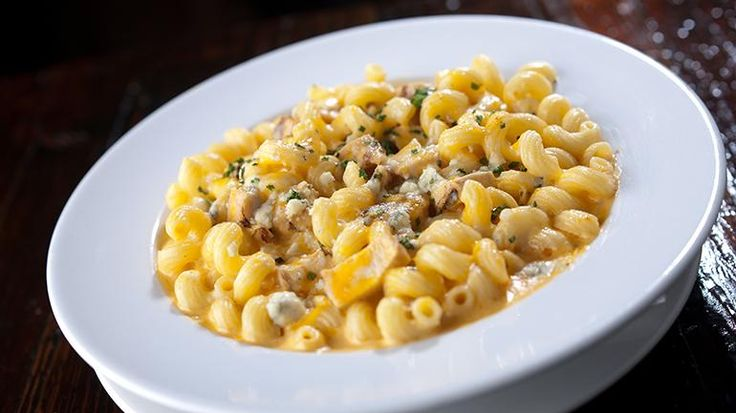 Buffalo Chicken Mac and Cheese | Recipes | Check, Please! | WTTW