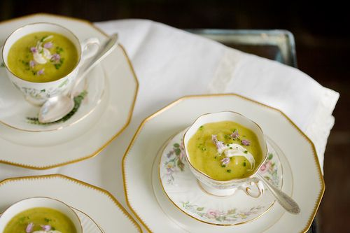Chilled Zucchini Soup. Sounds yucky but the recipe looks pretty good..