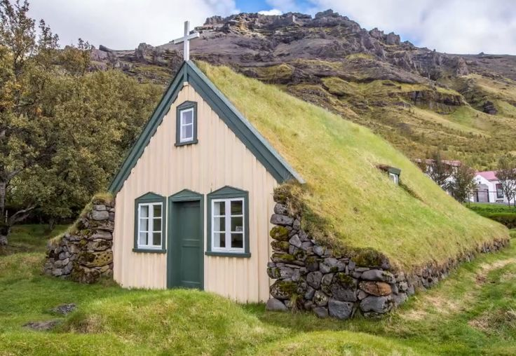 Iceland Sod Earthen Roof Home Underground House Ideas