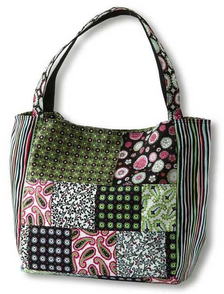 Free Patterns For Handbags : Free Bag Pattern and Tutorial - Paisley & Print Patchwork Bag