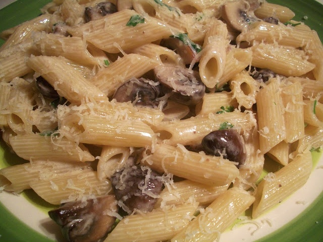 Penne with Chestnut Mushrooms and Mascarpone