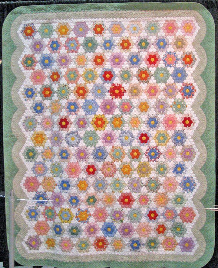 Grandmother 39 s flower garden quilting pinterest - Grandmother s flower garden quilt ...