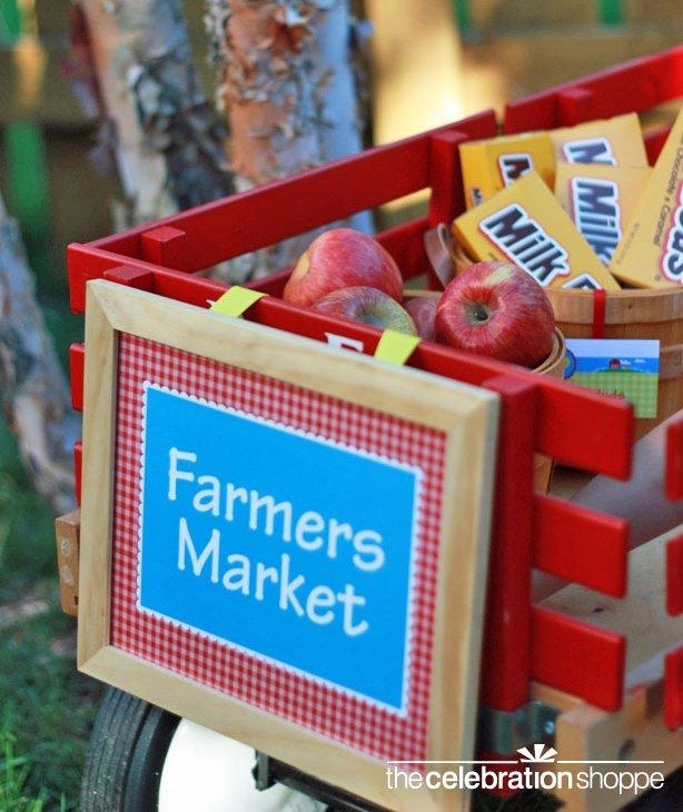 Barnyard birthday party complete with a farmers market full of goodies!