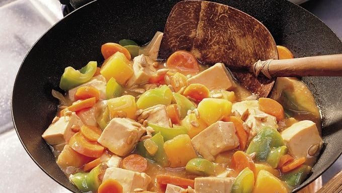 Sweet and Sour Stir Fry - meat can be substituted for tofu
