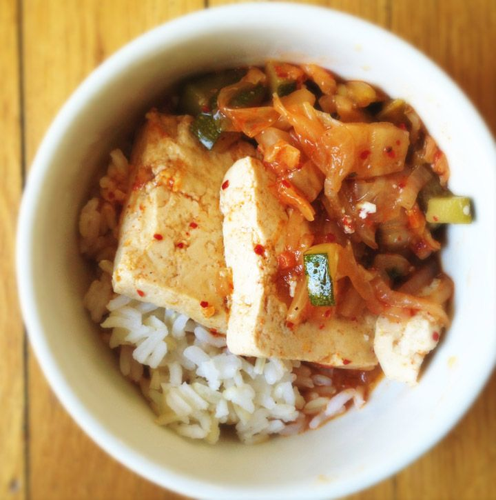 and u from the kimchi cookbook kimchi stew with chicken and tofu ...
