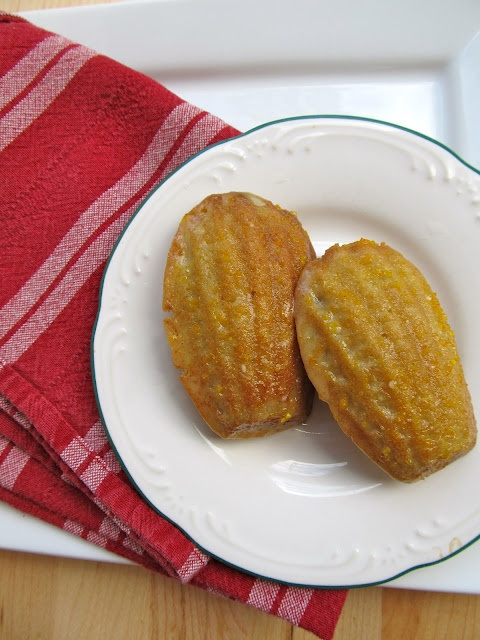 Orange Cardamom Madeleines. A sweet summertime cookies.