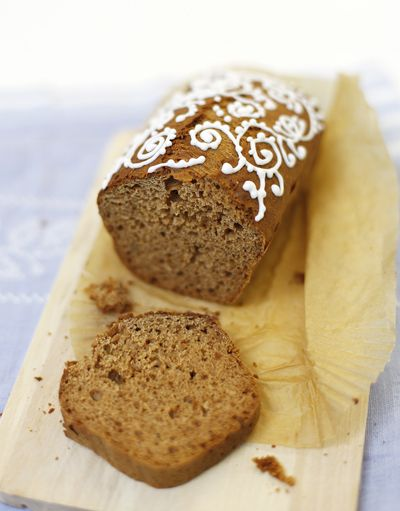 Lovely iced gingerbread loaf.. Like the icing idea for any holiday ...