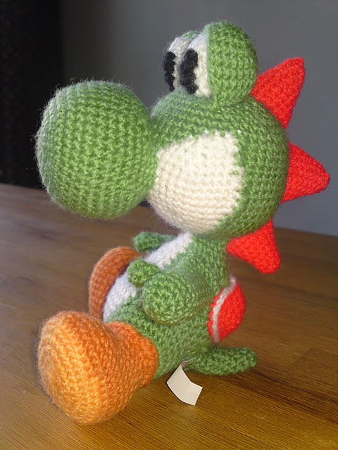 Crochet Yoshi : Amigurumi Yoshi - very nice! Haken: Knuffels & Amigurumi Pinterest