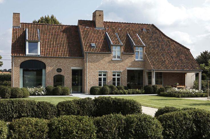 Pin by tine reyners on landelijke stijl pinterest - Architectuur renovatie ...