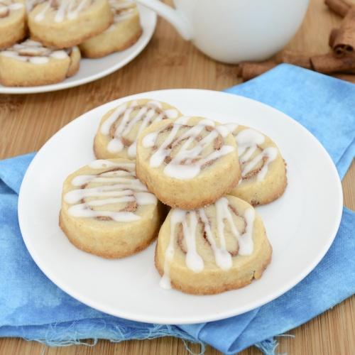 Sweet Pea's Kitchen » Cinnamon Roll Cookies