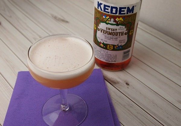 The Truth About Vermouth - get a new shaken not stirred cocktail recipe plus more amazing uses for vermouth!