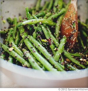 Green Bean and Black Quinoa Salad - olive oil, balsamic, honey, garlic ...