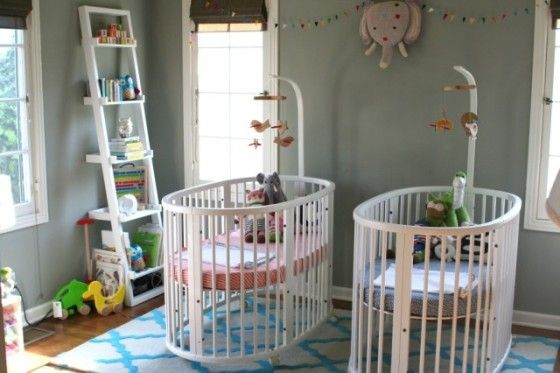 Stokke Sleepi Small Crib in Twin Nursery - #ProjectNursery #twins