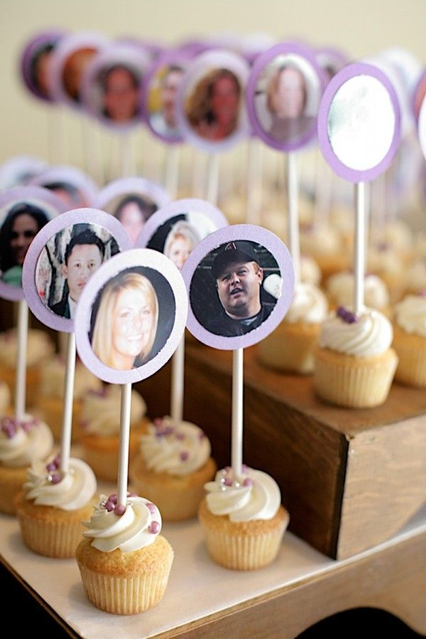 Unique Escort Card Ideas Cupcakes-05