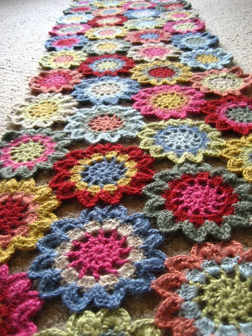 I think learning to crochet is on my to do list. I want to be able to make this.