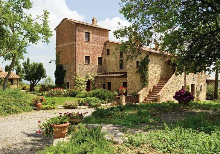 tuscan farmhouse Architecture