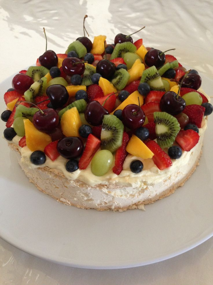... curd pavlova with lemon curd and berries kerstin rodgers giant pavlova