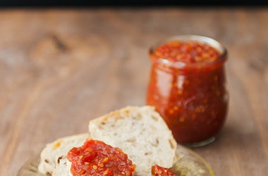 Jennie's Tomato Jam — Punchfork | Vegetarian - Canning ~ Canning ...