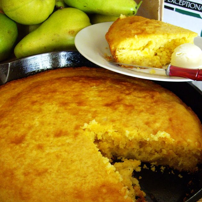 Easy Pear & Cheddar Cheese Corn Bread | Delicious Autumn | Pinterest