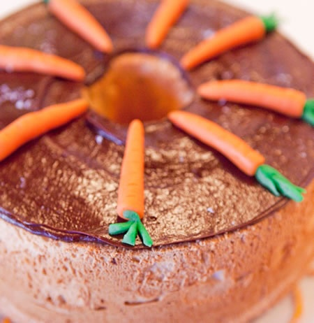 Chocolate Angel Food Cake With Biscoff Frosting (Gluten-Free) Recipes ...
