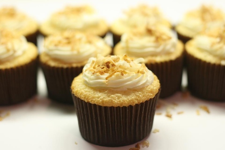Angel Food Coconut Cupcakes.. with vanilla buttercream frosting and ...