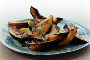 Chile vinaigrette acorn squash, black pepper, salt, olive oil, garlic ...