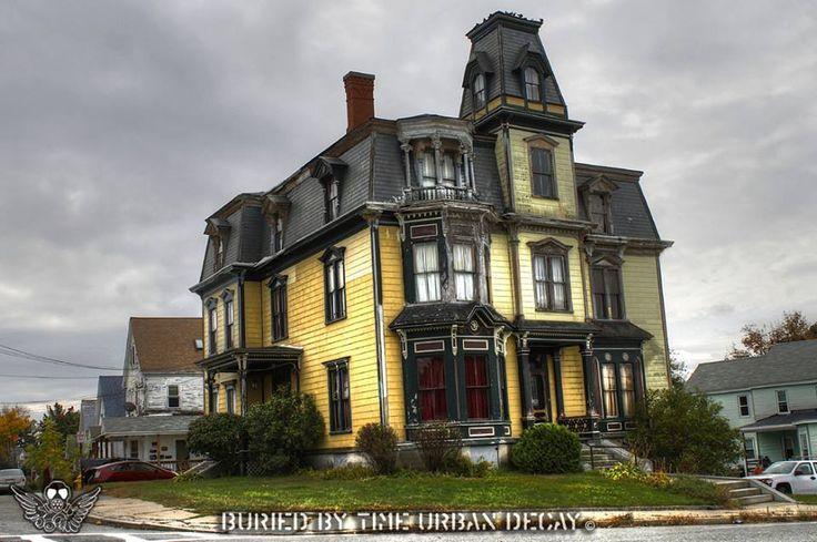 Sk Pierce Mansion In Gardner Ma Old Houses Pinterest